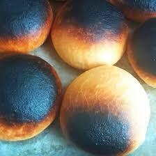 El pan tostado.